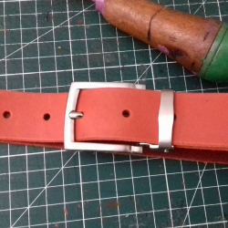 Ceinture orange ingrassato...